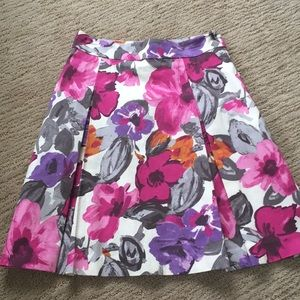H&M size 4 pleated skirt